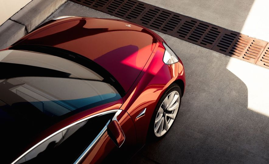 Electric Dreams: The Details behind Tesla's $36,000 Model 3 Electric Car - Slide 12