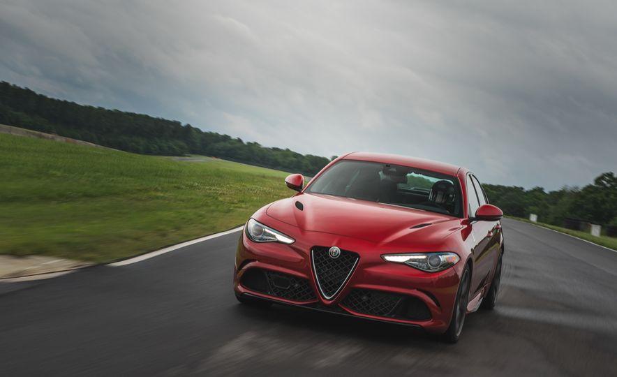 2017 Alfa Romeo Giulia Quadrifoglio - Slide 2