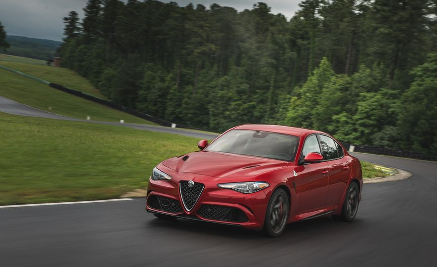 2017 Alfa Romeo Giulia Quadrifoglio - Slide 3