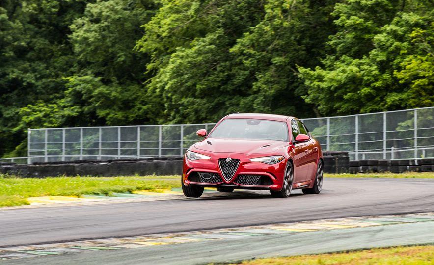2017 Alfa Romeo Giulia Quadrifoglio - Slide 12