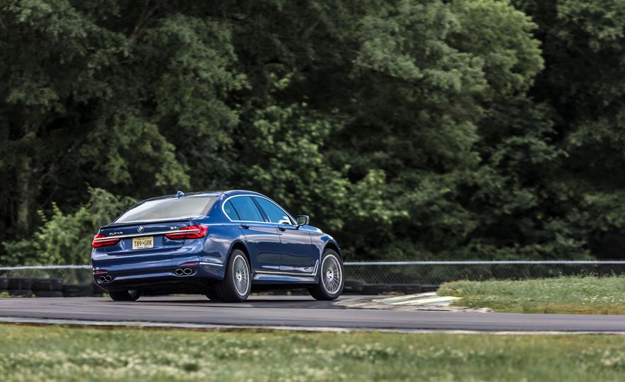 2017 BMW Alpina B7 xDrive - Slide 15
