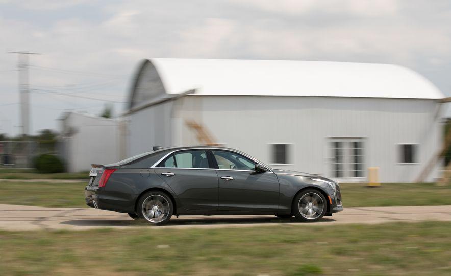 2017 Cadillac CTS RWD 3.6L - Slide 23