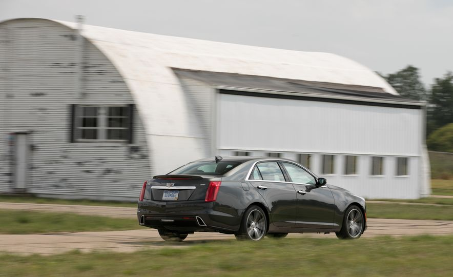 2017 Cadillac CTS RWD 3.6L - Slide 25
