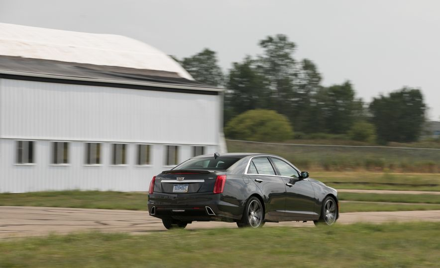 2017 Cadillac CTS RWD 3.6L - Slide 26