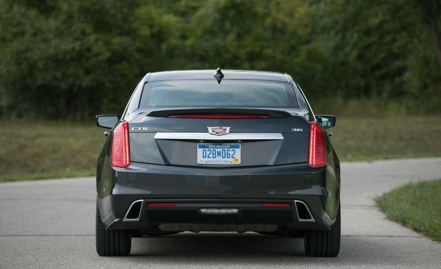 2017 Cadillac CTS RWD 3.6L - Slide 32