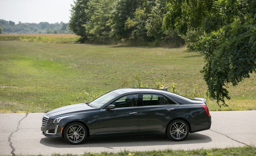 2017 Cadillac CTS RWD 3.6L - Slide 35