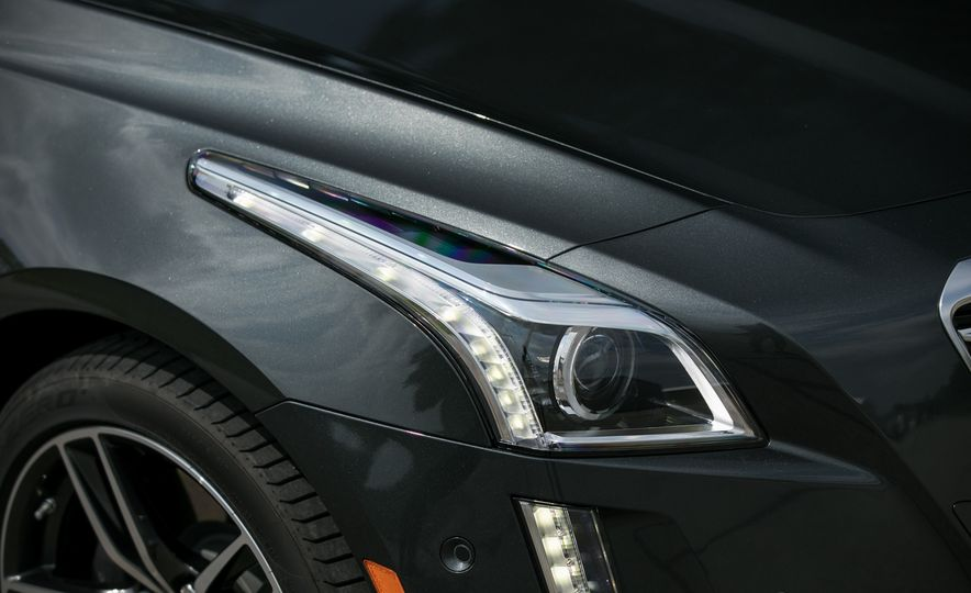 2017 Cadillac CTS RWD 3.6L - Slide 36