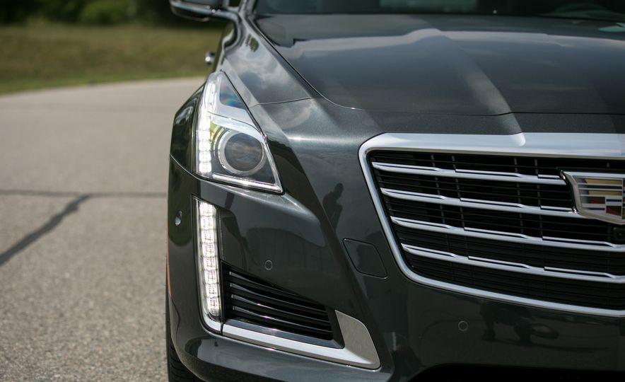 2017 Cadillac CTS RWD 3.6L - Slide 37