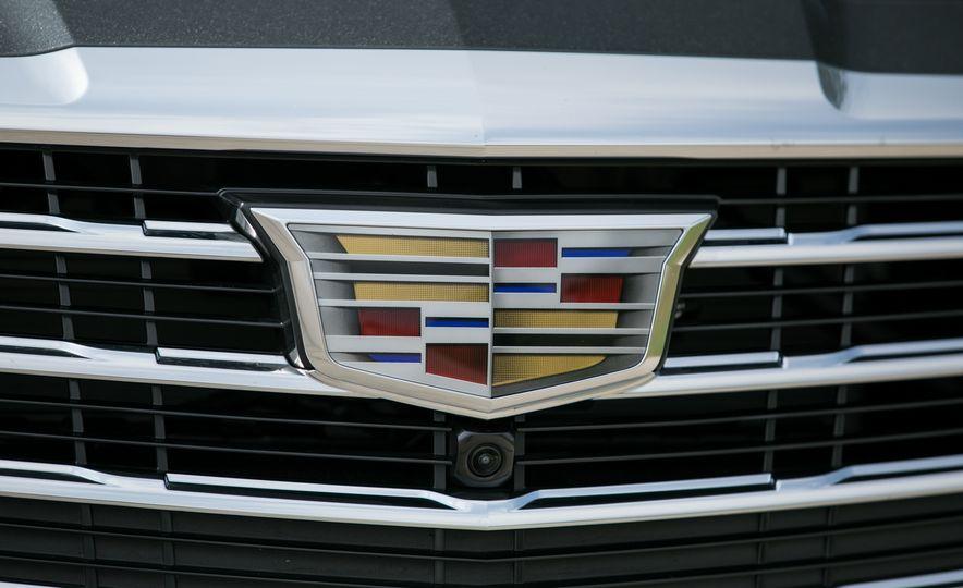 2017 Cadillac CTS RWD 3.6L - Slide 38