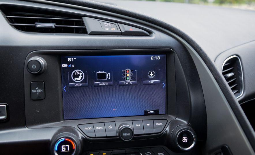 2017 Chevrolet Corvette Grand Sport - Slide 32