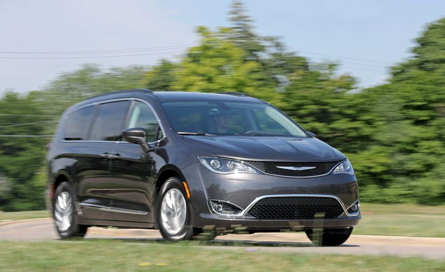 2017 Chrysler Pacifica - Slide 78
