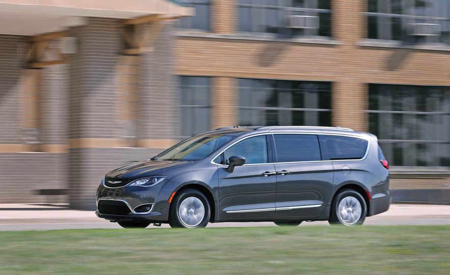 2017 Chrysler Pacifica - Slide 79