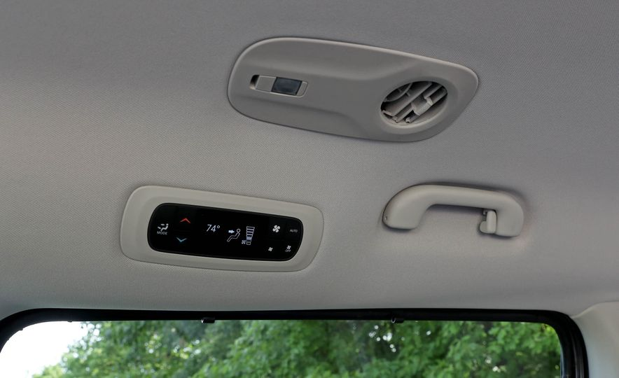 2017 Chrysler Pacifica - Slide 116