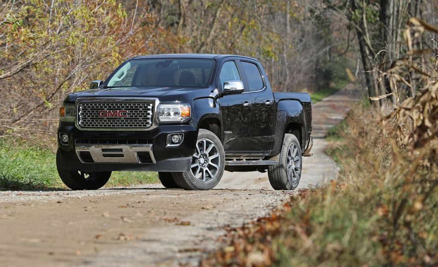 2017 GMC Canyon - Slide 1