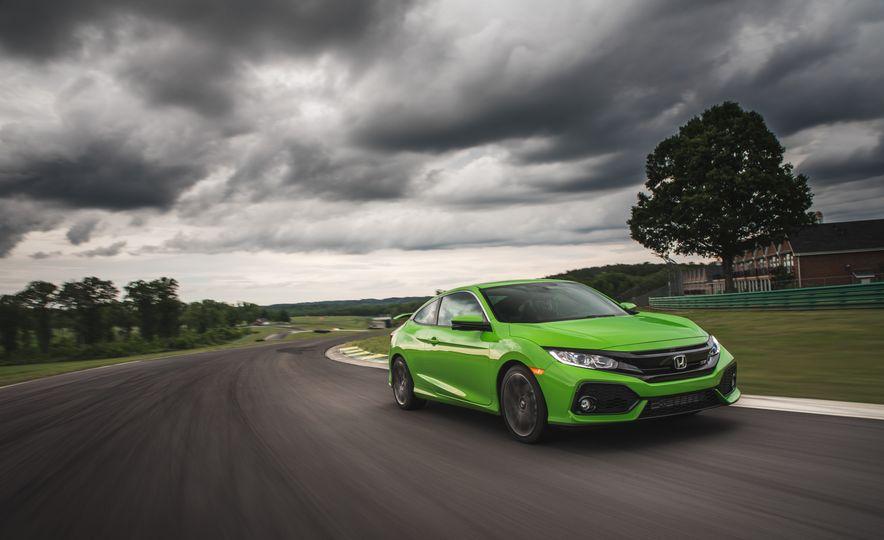 2017 Honda Civic Si coupe - Slide 2