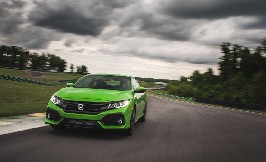 2017 Honda Civic Si coupe - Slide 4