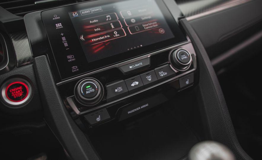 2017 Honda Civic Si coupe - Slide 56