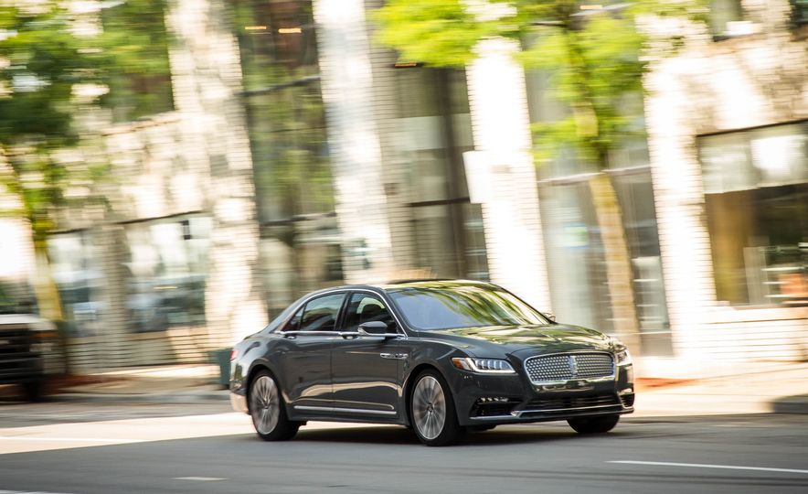 2017 Lincoln Continental - Slide 4