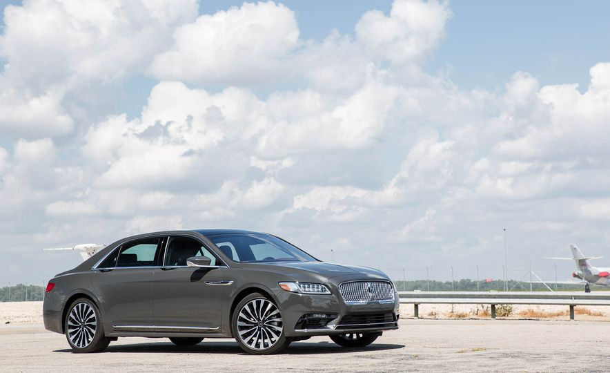 2017 Lincoln Continental - Slide 7