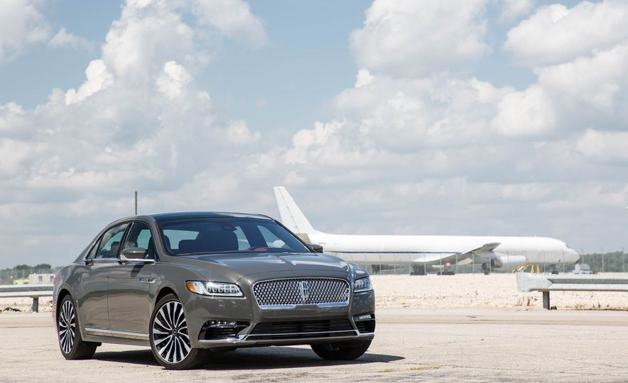 2017 Lincoln Continental - Slide 8
