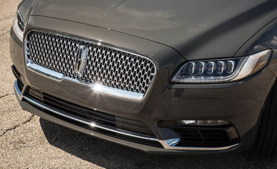 2017 Lincoln Continental - Slide 11