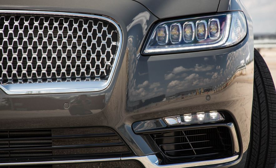 2017 Lincoln Continental - Slide 13