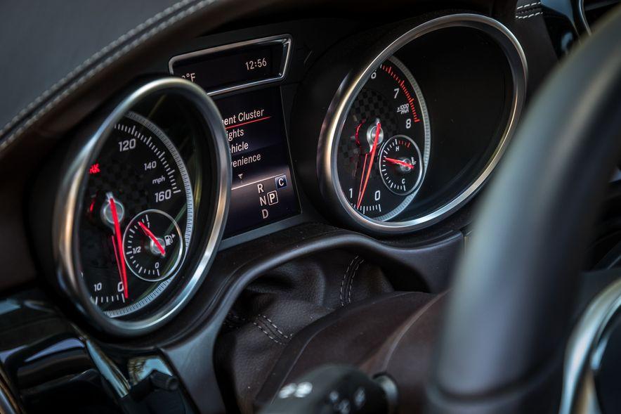 2017 Mercedes-Benz E400 wagon and 2017 Mercedes-AMG GLE43 - Slide 11