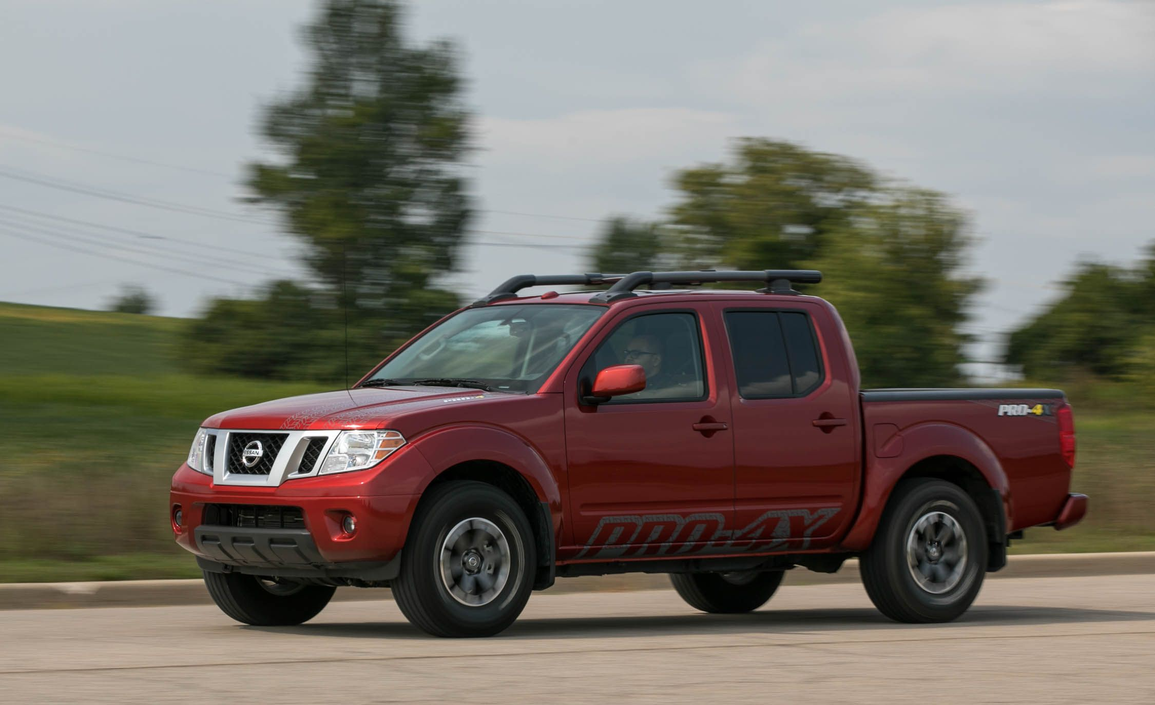 Nissan Frontier Reviews Price Photos And Specs Car Driver