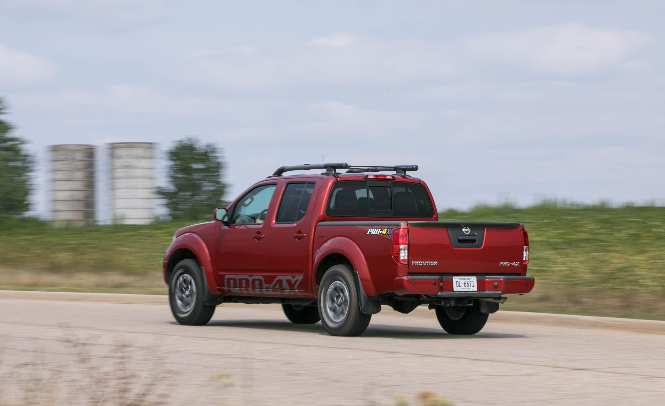 2019 Nissan Frontier Reviews Nissan Frontier Price Photos And