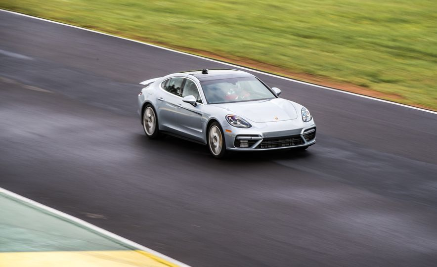 2017 Porsche Panamera Turbo - Slide 76