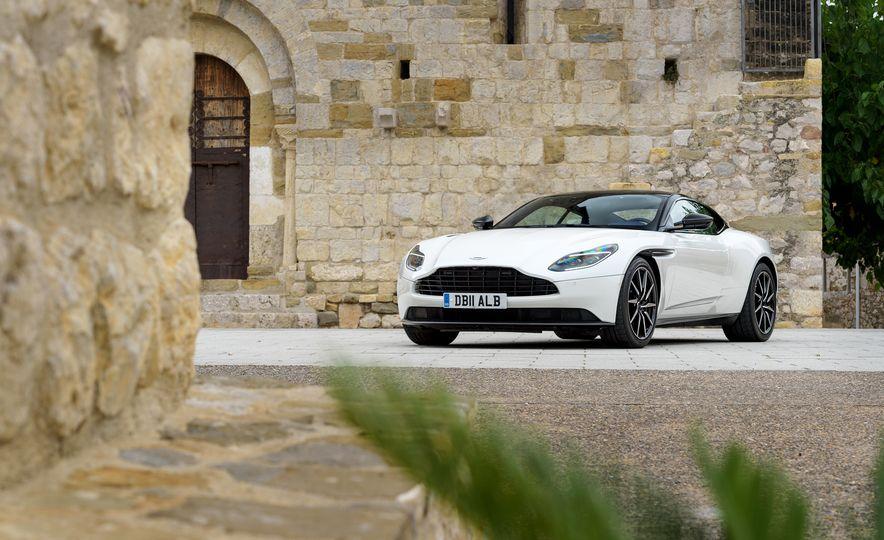 2018 Aston Martin DB11 V-8 - Slide 16