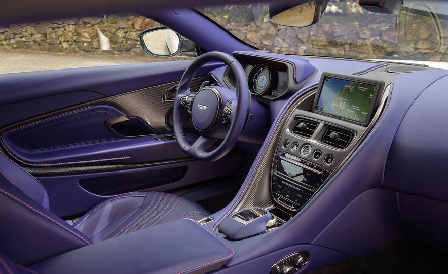 2018 Aston Martin DB11 V-8 - Slide 41