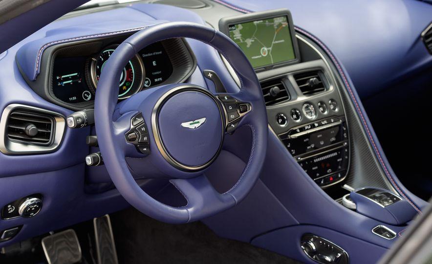 2018 Aston Martin DB11 V-8 - Slide 42