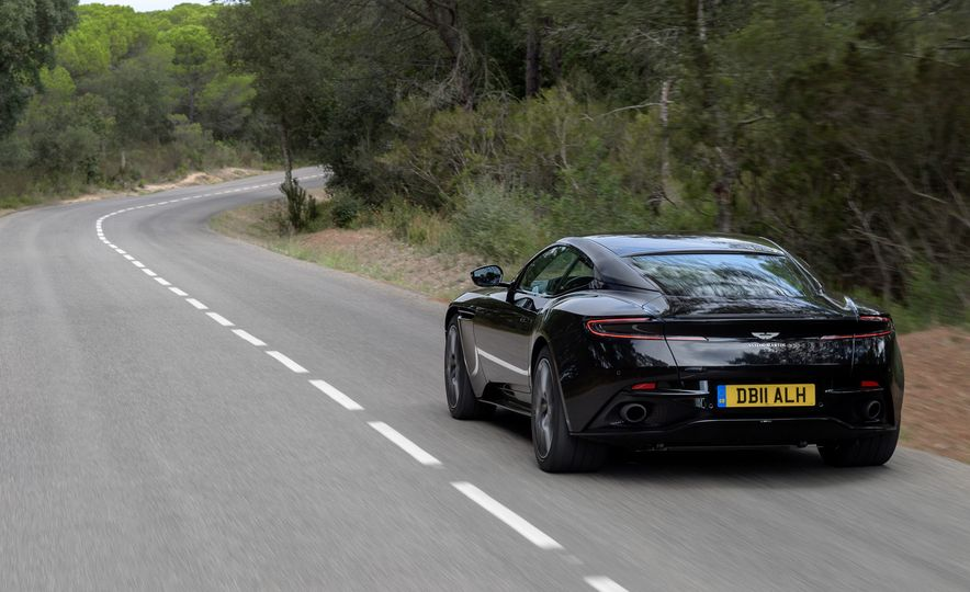2018 Aston Martin DB11 V-8 - Slide 67