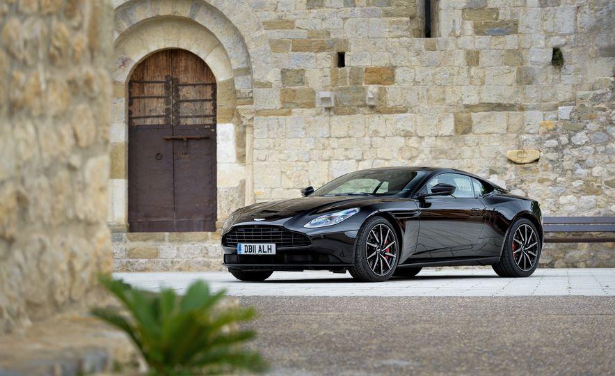 2018 Aston Martin DB11 V-8 - Slide 72