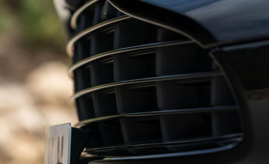 2018 Aston Martin DB11 V-8 - Slide 77