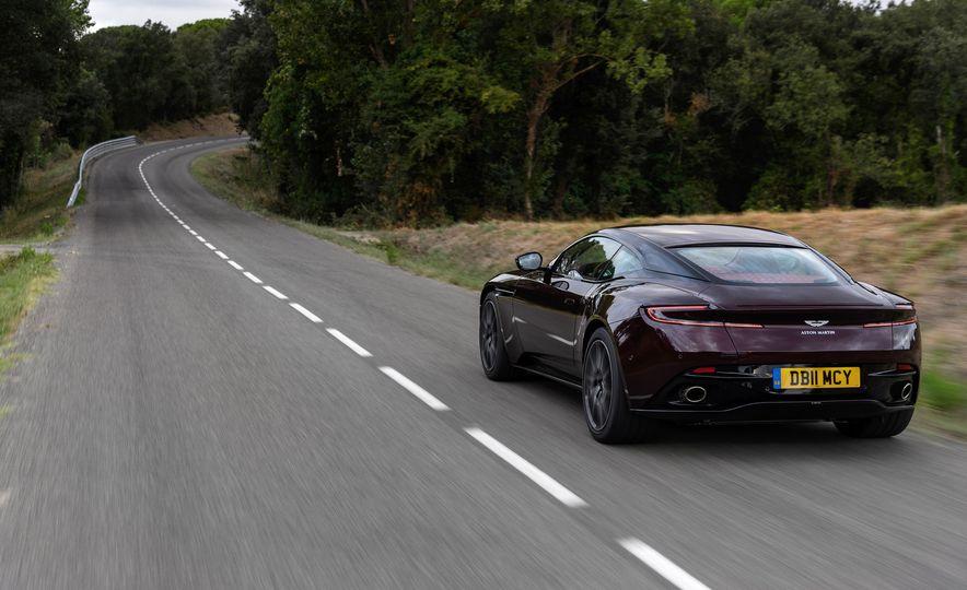 2018 Aston Martin DB11 V-8 - Slide 110