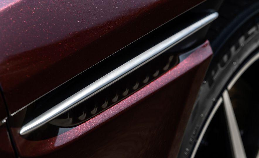2018 Aston Martin DB11 V-8 - Slide 125