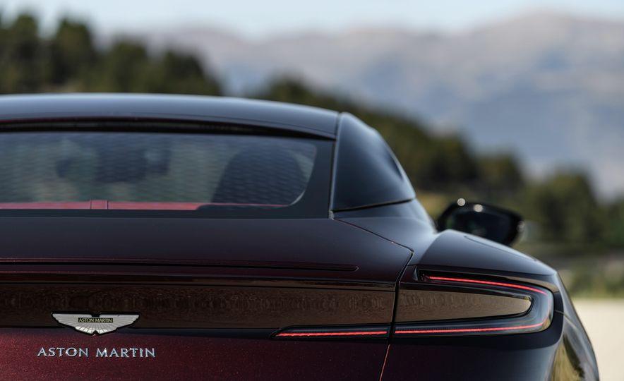 2018 Aston Martin DB11 V-8 - Slide 126