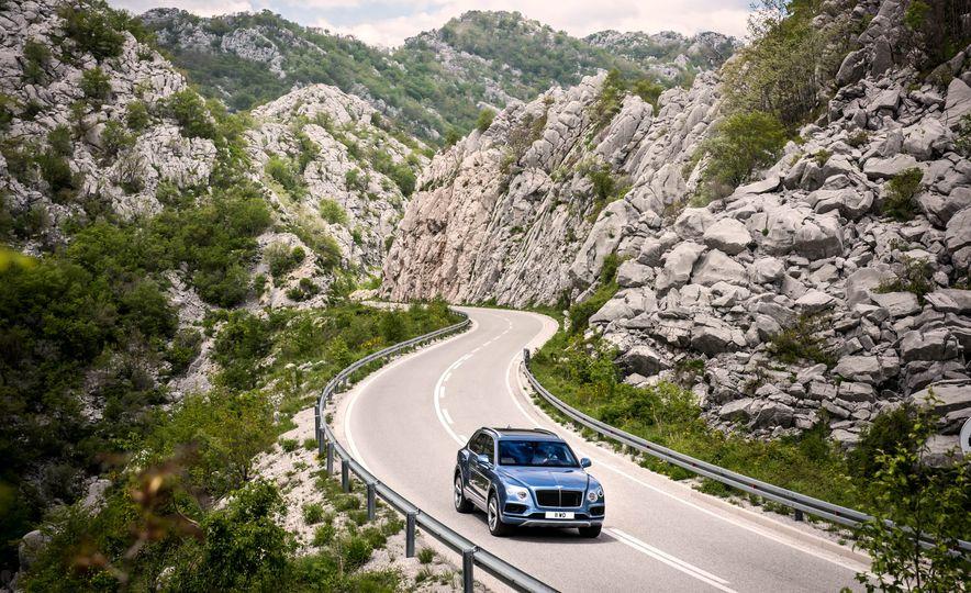 2018 Bentley Bentayga Diesel - Slide 2