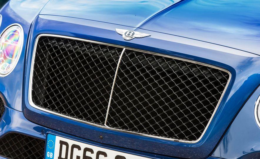 2018 Bentley Bentayga Diesel - Slide 23
