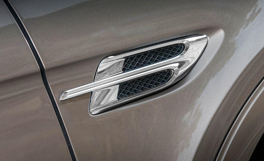 2018 Bentley Bentayga Diesel - Slide 64