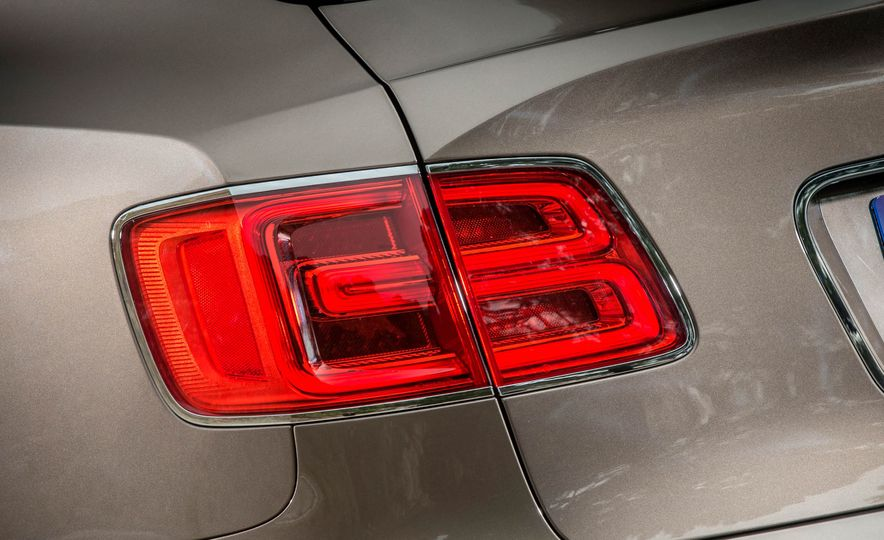 2018 Bentley Bentayga Diesel - Slide 66