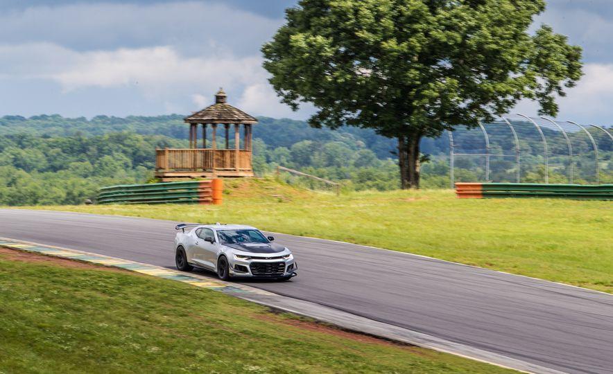 2018 Chevrolet Camaro ZL1 1LE - Slide 90