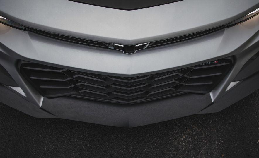 2018 Chevrolet Camaro ZL1 1LE - Slide 19