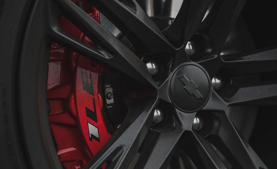2018 Chevrolet Camaro ZL1 1LE - Slide 29