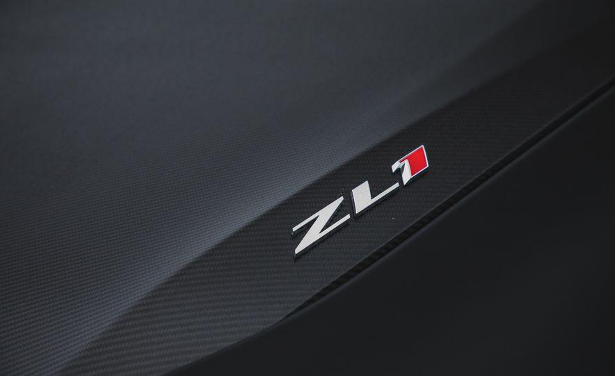 2018 Chevrolet Camaro ZL1 1LE - Slide 32
