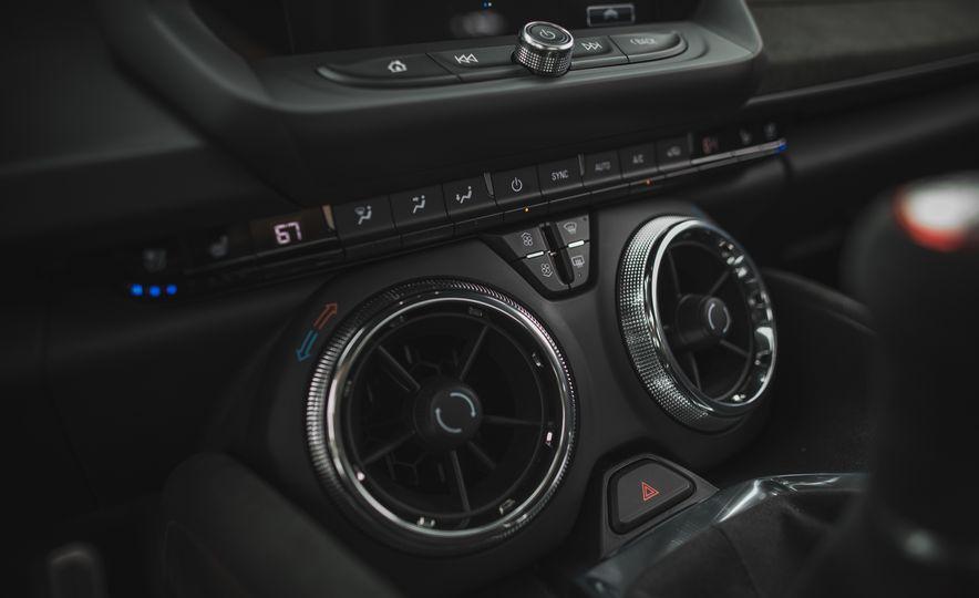 2018 Chevrolet Camaro ZL1 1LE - Slide 70