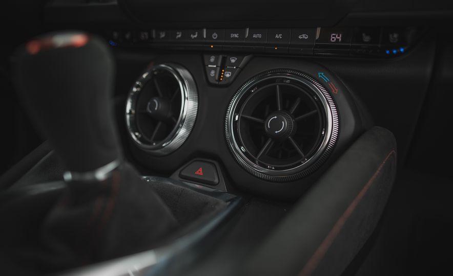 2018 Chevrolet Camaro ZL1 1LE - Slide 71