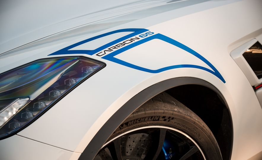 2018 Chevrolet Corvette Grand Sport Carbon 65 - Slide 21